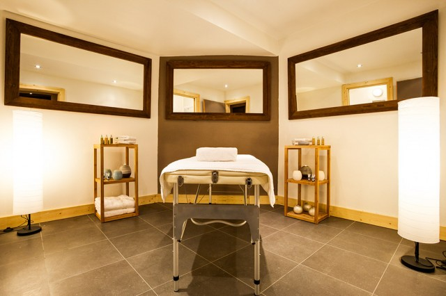 Chalet with massage room in Chamonix for private event