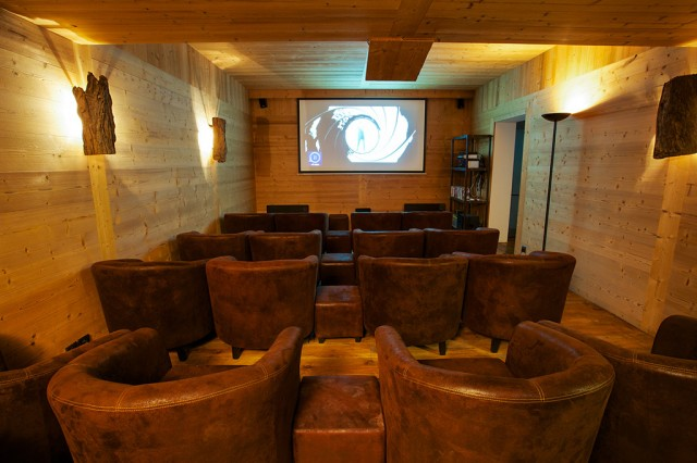 Conference & Cinema room for event in Chamonix