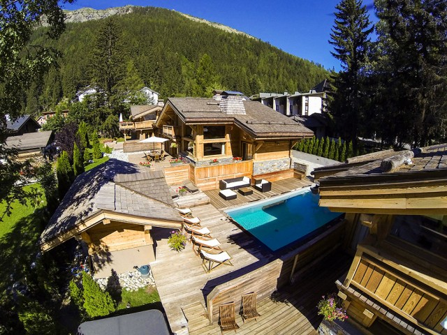 Chalet with pool in Chamonix for private event